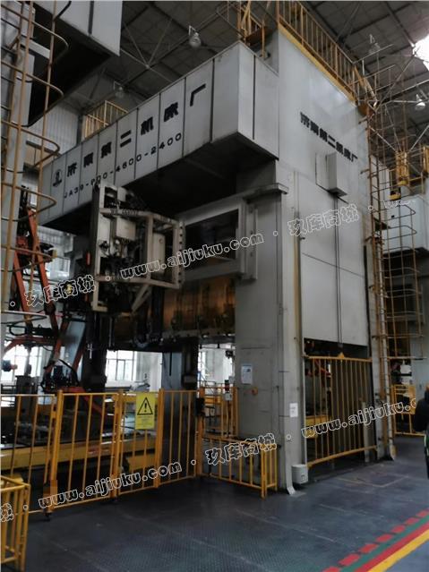 济南二机800吨四点压力机