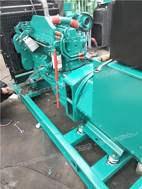 二手康明斯150KW发电机组装机