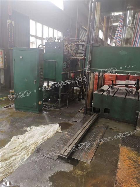 四柱液压机500吨,2台
