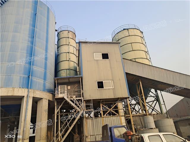出售60-300噸水泥罐