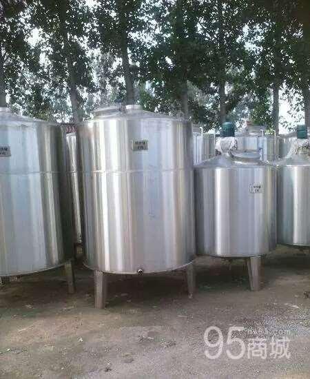 山东出售全新4吨不锈钢储蓄罐也可定做