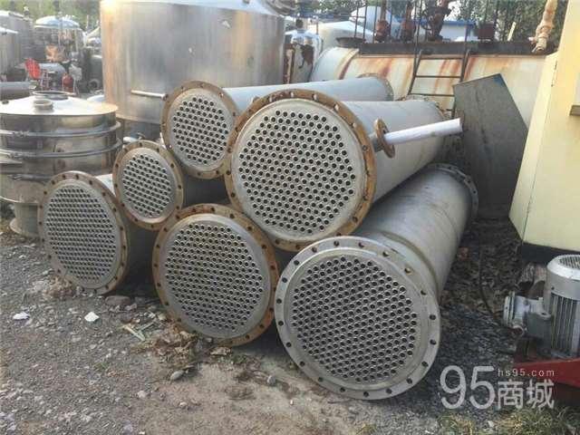 紧急处理一批不锈钢30平方冷凝器