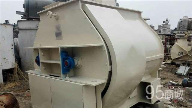 出售2吨不锈钢饲料搅拌机