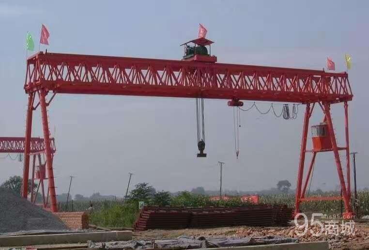 出售五十吨的起重龙门吊