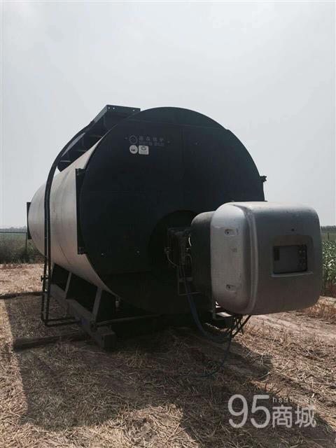 低价出售10吨燃气热水锅炉