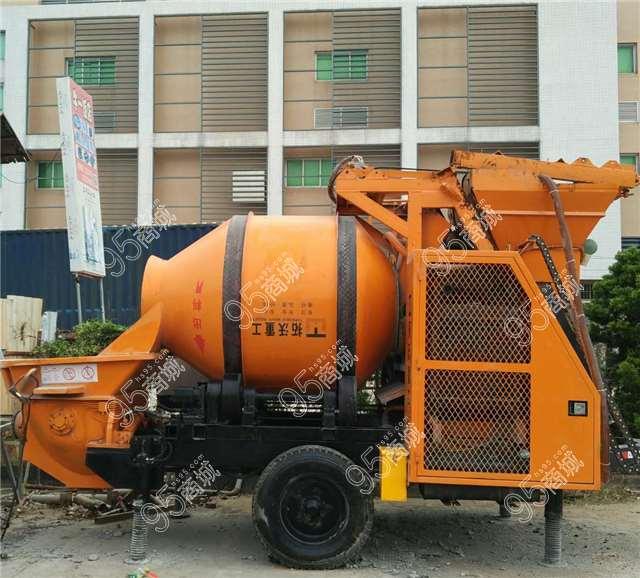 出售拓沃重工T9柴油版搅拌拖泵一体机