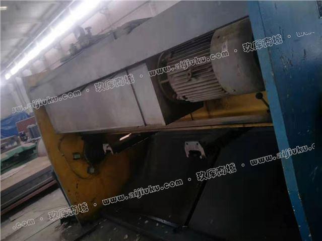 泰安12乘2500液压摆式剪板机