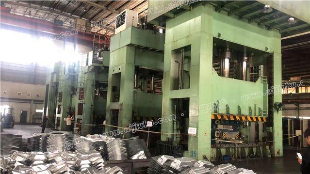 天锻生产Y27系列1300吨液压机