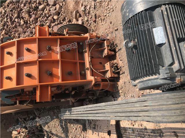 二手40型二合一鹅暖石破碎机制砂机砂石料生产线设备低价处理
