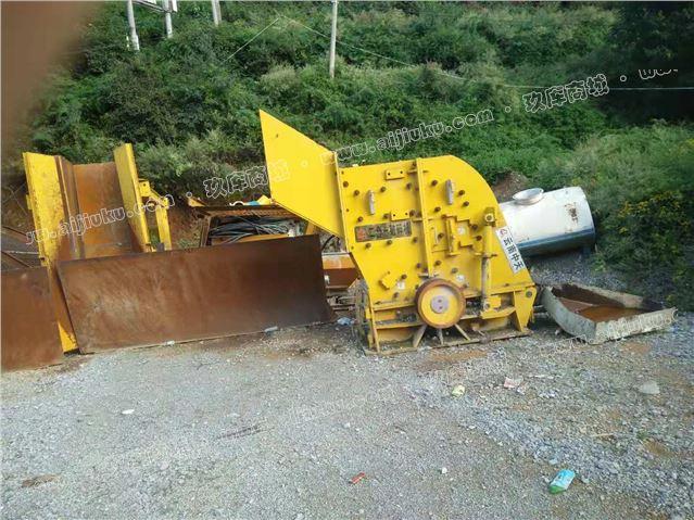 二手砂石料生产线设备日产1800吨二合一破碎机