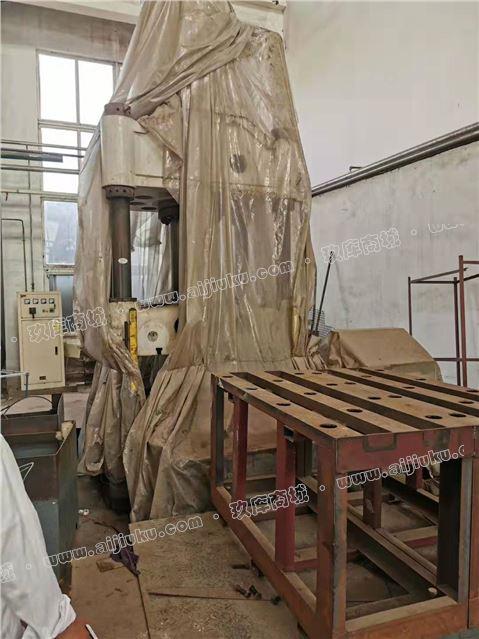 天津315四柱液压机