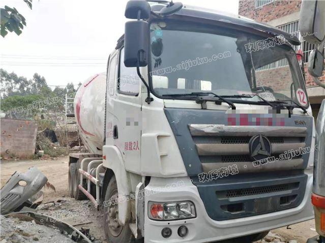廣西玉林低價轉讓個人2012年三一C6攪拌車大10方水泥罐車