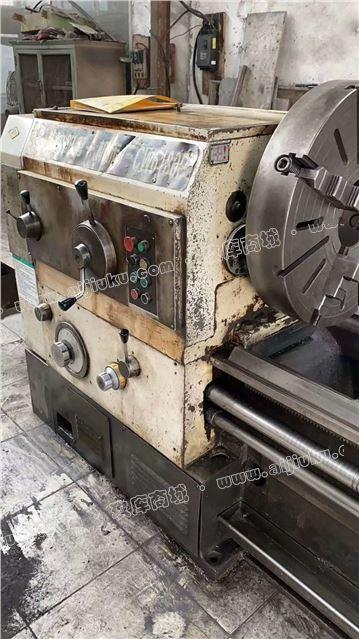 机械厂急售二手沈阳CW6180BX4米卧式车床
