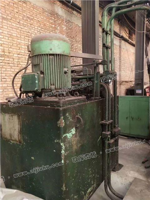 机械厂急售二手天津锻压500吨液压机