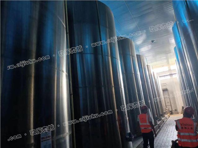 70立方不銹鋼儲罐41臺,直徑3.9高度6.5米,厚度3mm